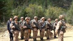 即將告別16年的軍旅生活,老兵最后一次踏上巡邏路