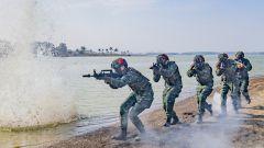 广西贵港:极限训练锻造反恐利刃