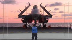【第一军视】多模块同步分练 山东舰在某海域进行试验训练