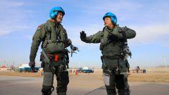 海军航空大学某训练团从难从严组织飞行训练