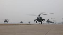 【第一军视】 大场面!陆军某旅多型直升机新年首飞帅气出击