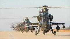 大机群低空突防 陆航部队多机型多弹种跨海演练