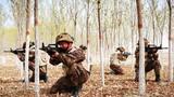 近日,战略支援部队某部开展实战化训练,锤炼官兵胆气血性,提升部队各项任务保障能力。