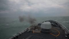 【直击演训场】东海海域 海军多舰艇展开实弹射击演练