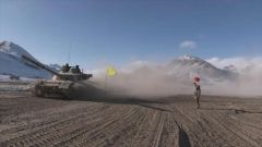 风雪高原 新疆军区某师实兵实装作战行动演练