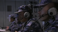 海军日照舰展开多课目海上训练