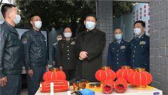 习近平春节前夕视察看望空军航空兵某师