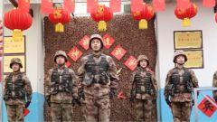 新疆军区文艺轻骑队慰问喀喇昆仑一线官兵