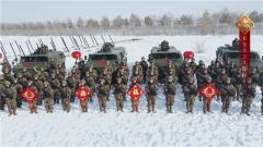 超强阵容!这是中国军人拜年的气势