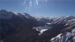 海拔4000米 記者探訪雪山執勤