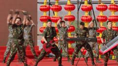 【军营大拜年】战歌嘹亮 《号角吹响就出战》燃爆演训场