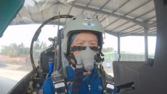 172天后 英雄飞行员王建东重返蓝天