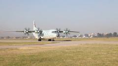 【记者在战位】精准安全 空军航空兵某团开展重装空投训练