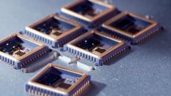 滕建群:美对芯片封锁不成改谈判 换个套路而已