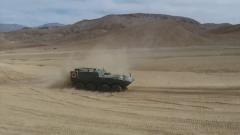 新一代两栖装甲救护车列装高原驻训部队