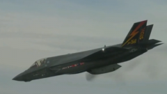 """尹卓:外挂机炮吊舱纯属""""鸡肋"""" F-35机腹受损或是电磁引信引发的"""