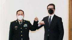 北马其顿总统、总理会见魏凤和
