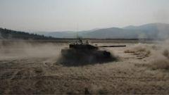 对接实战 坦克分队实弹射击考核