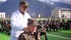 陆军特色医学中心:健康巡诊进军营 真情服务暖兵心