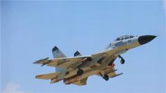 【直击演训场】南海上空 数十架战机打响区域攻防演练