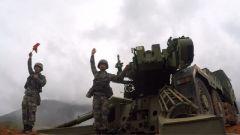 陆军第73集团军某炮兵旅:实弹射击考核 检验新型火炮精确毁伤能力