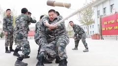 【节日的军营 欢乐多】军味运动比拼点燃假日军营