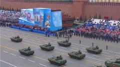 【俄罗斯纪念卫国战争胜利76周年阅兵】俄新型改良型主战装备悉数亮相