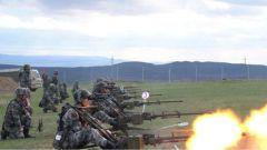 新疆军区某边防团开展高射机枪比武