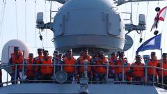 @海军学员:想上舰任职?先来场海上实兵对抗演练