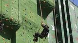 楼房攀登18米抓绳上训练