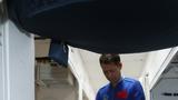 2021年6月17日9时22分,搭载神舟十二号载人飞船的长征二号F遥十二运载火箭,在酒泉卫星发射中心准时点火发射,约573秒后,神舟十二号载人飞船与火箭成功分离,进入预定轨道,顺利将聂海胜、刘伯明、汤洪波3名航天员送入太空,飞行乘组状态良好,发射取得圆满成功。图为航天员聂海胜、刘伯明和汤洪波在核心舱模拟器内训练。徐部 摄