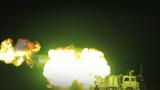 夜间车载榴弹炮实弹射击