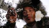 近日,陆军第75集团军某合成旅在训练场开展一场突出狙击手必备技能的专攻精练,锻造狙击手的体能、技能、意志、心理,锤炼他们的战斗作风和血性胆气。图为专注训练