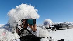 冰天雪地 武警塔城支队开展红蓝对抗演练