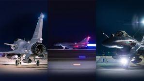 【军视界】起飞!战鹰夜训酷图来袭