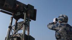 空军雷达兵某旅组织空情处置演练