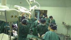 解放军总医院第四医学中心骨科医学部成功救治罕见断臂伤员
