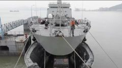 【直击演训场】多兵种联合 跨海装载航渡演练