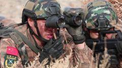 新疆克拉玛依:城市反恐战斗演练 锤炼部队实战能力