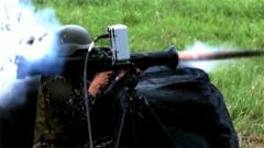 """台当局妄称用""""火箭筒吓阻解放军两栖舰"""" 专家:不怕误伤自己可以试试"""