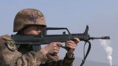 陆军第78集团军某合成旅组织创破纪录军事大比武