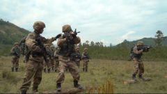 【直击演训场】西藏墨脱 侦察兵山地丛林极限射击训练