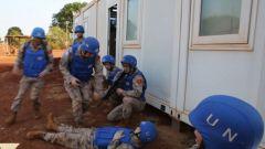 中国赴南苏丹维和医疗分队进行应急疏散演练