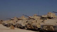 美国为首的联军加强在叙东部空运军用货车