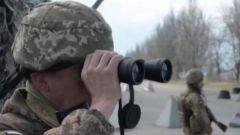 美国务卿:美国正在积极研究向乌克兰提供军事援助