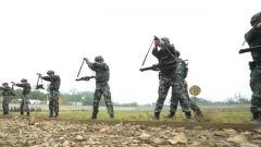 """【影像志·我是一个兵】""""硬核队长""""沈雁辉:当好战士的领跑人"""