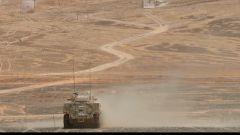 海拔4500米 新式装甲步战车首次新老兵协同考核