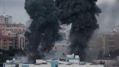巴以冲突升级 以色列派出80架战机轰炸加沙 边境部署大量坦克
