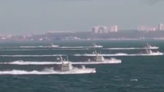 美军潜艇进入霍尔木兹海峡伊朗快艇围猎警告 美舰艇为何连开30枪驱离?