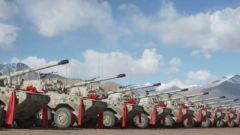 【直擊演訓場】新型裝甲突擊車列裝高原駐訓部隊